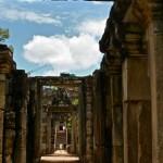 angkor_wat_ruins_siem_reap_cambodia