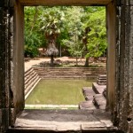 angkor_wat_pool_siem_reap_cambodia