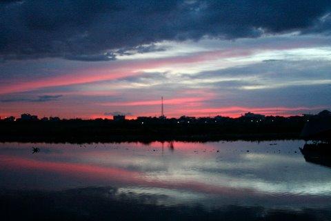 sunset_phnom_penh_cambodia