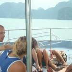changing_boats_halong_bay_vietnam