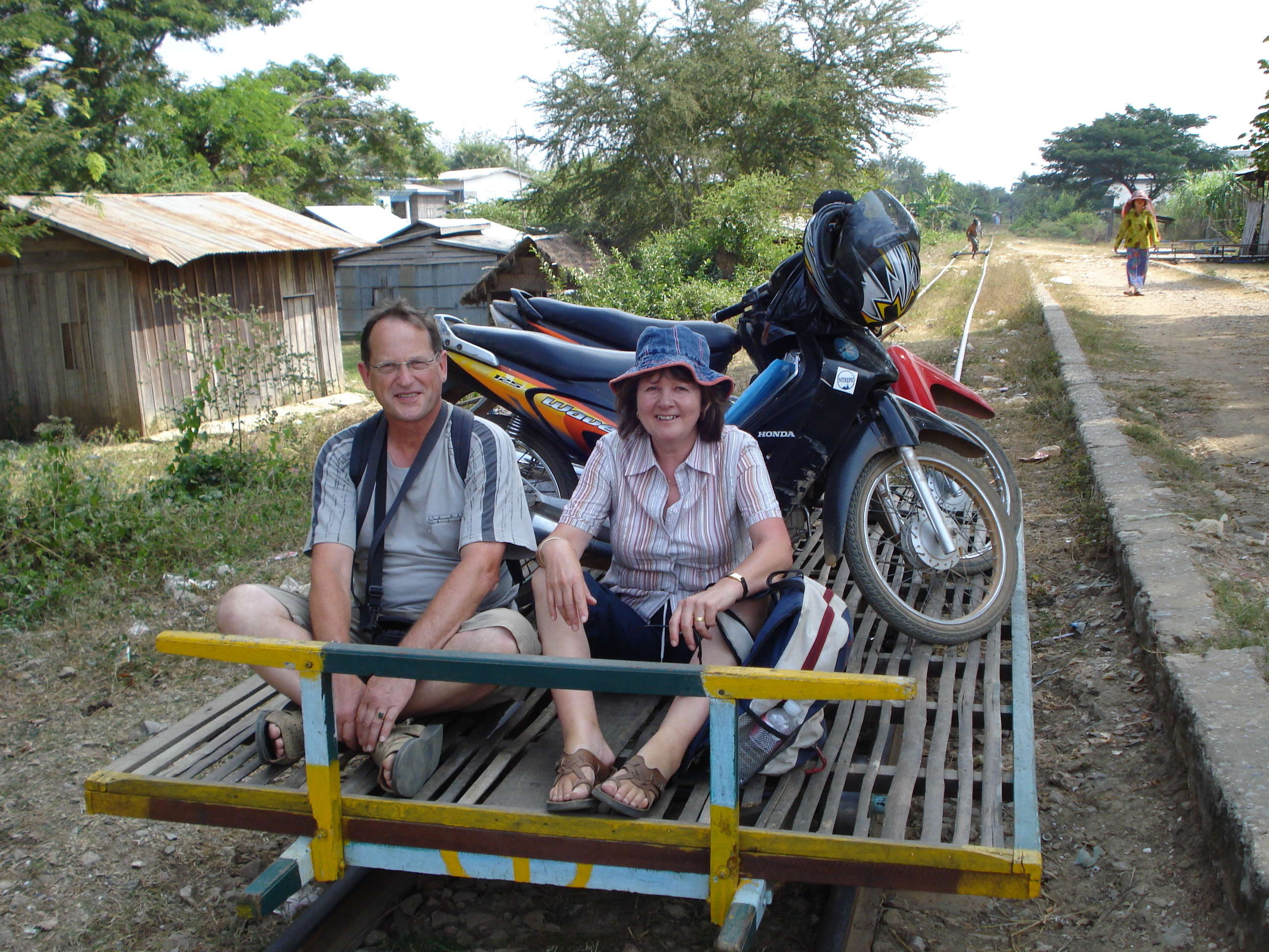 bamboo_express_battambang